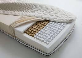 materasso con molle insacchettate materassi a molle come sono fatti idee green