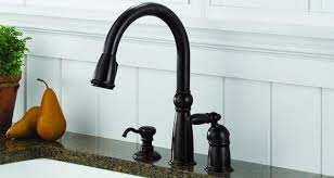 delta kitchen faucets delta kitchen faucets shopping guide