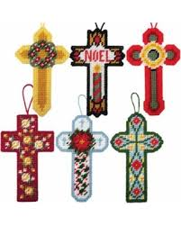 deal alert herrschners cross ornaments plastic canvas kit