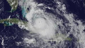 halloween horror nights hurricane matthew curfews and cancellations announced as hurricane matthew nears