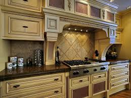 Paint Ideas For Kitchen by Popular Paint Colors For Kitchen Cabinets Ideas For You