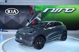 Kia Gt4 Release Date Http Image Motortrend Com F Wot 1402 2015 Kia Soul Ev Makes Chicago Debut 66556030 Kia Niro Concept Front Three Quarters Jpg