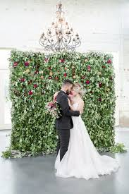 wedding backdrop chagne rich tones are for the change of fall into winter