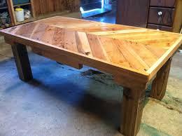 reclaimed pallet wood coffee table diy living room mommyessence com