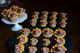 13 mini cupcakes for thanksgiving photo thanksgiving turkey