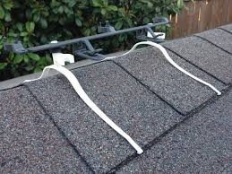 christmas light clips on roof line