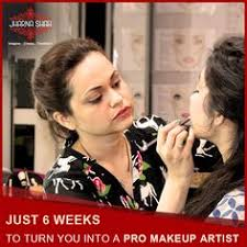 professional makeup courses our founder jharna shah guiding the students of the professional