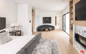 White Contemporary Bedroom 90 Amazing Contemporary Master Bedroom Ideas For 2018