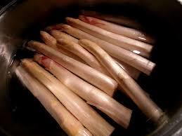 cuisiner asperges fraiches asperges blanches au jambon gratinées l eau à la bouche
