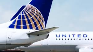 United Oversized Baggage Fees United Airlines Clamps Down On Carry On Baggage Restrictions Youtube