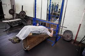 Bench Without A Spotter Machine Decline Bench Press