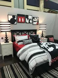 Minnie Mouse Decorations For Bedroom Best 25 Mickey Mouse Bedroom Ideas On Pinterest Mickey Mouse