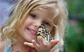 Cute Child by Cute Child Holding Butterfly Wallpaper 39507