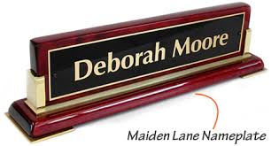 Name Plates For Office Desk Desk Nameplates Office Nameplates Sign And Engraved Namepplates