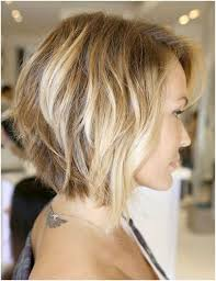 length bob hairstyle for wavy hair side view