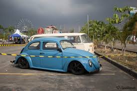 volkswagen bug black blue pre 67 on black radars beetles notches fasties porsches