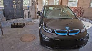bmw electric car bmw installing up to 100 electric car chargers in america u0027s