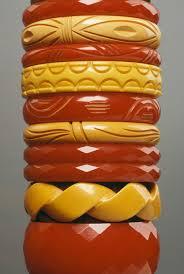 how to identify bakelite jewelry and spot imitations