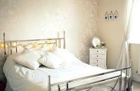 Schlafzimmer Einrichten Metallbett Kleines Schlafzimmer Gestalten