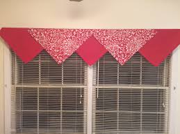 How To Hang A Valance Scarf by Cloth Dinner Napkins As A Valance Inexpensive U0026 Decorative
