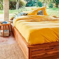 chambre acacia lit 2 places en acacia avec tiroir songma meubles chambre