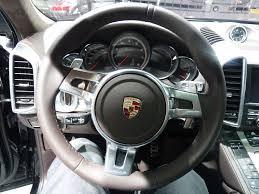 2011 Porsche Cayenne Turbo - file 2010 porsche cayenne turbo volant 1 mondial de l u0027automobile