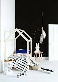 chambre bebe noir chambre enfant en noir et blanc 25 idées à copier