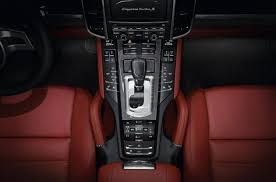 porsche cayenne pdcc porsche cayenne turbo s 550 hp 750 nm 4 5 sec