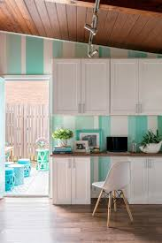 how to paint oak cabinets white kitchen photos cream cabinets what to do with oak kitchen cabinets