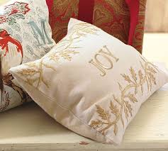 Christmas Pillows Pottery Barn The Cheap Diva After Christmas Sale At Pottery Barn