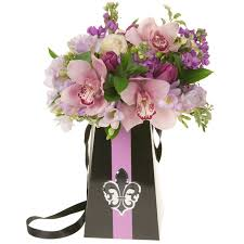 bouquet delivery flowerbox ideabook all flowerbox grab go bridal bouquet