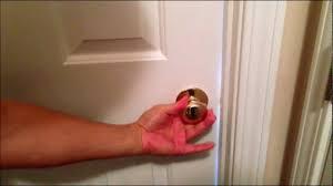 how to pick a bedroom lock how to pick a bathroom or bedroom door lock youtube