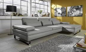 six beaux canapés d angle en cuir gris