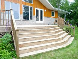 deck makeover part ii staining pressure treated wood dans le