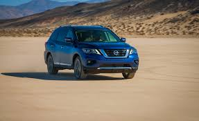 nissan pathfinder platinum 2018 2018 nissan pathfinder pictures photo gallery car and driver