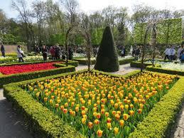10 easy tips for visiting keukenhof gardens in amsterdam kim and