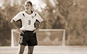 the secret life of the american teenager episode guide the secret life of mia hamm