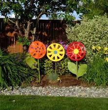 Cool Garden Ornaments 27 Awesome Things You Can Do With Recycled Junk