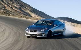 hyundai genesis drift 2010 hyundai genesis coupe 3 8 automatic road test motor trend