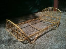 banquette rotin vintage fauteuil osier pied metal le coin des bambins vintage émoi