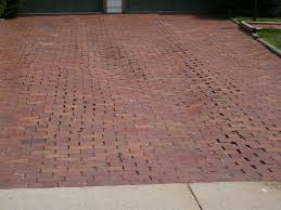 Cost Of A Paver Patio by Brick Paver Driveway Cost Calculator Thesouvlakihouse Com