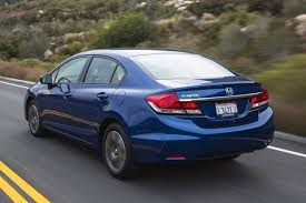 honda civic or hyundai elantra 2014 honda civic vs 2014 hyundai elantra which is better