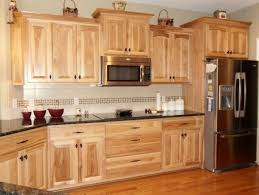 hickory kitchen cabinet design ideas what granite choice with hickory cabinets