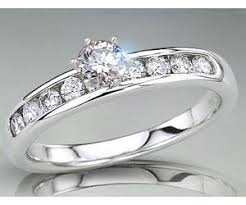 40000 engagement ring 0 82tcw l i1 solitaire rings in closed setting surat