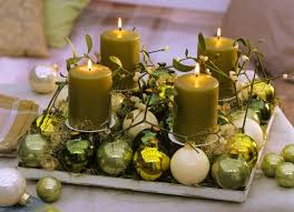 christmas candle centerpiece ideas diy christmas candle centerpieces 40 ideas for your table