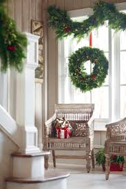 Beautiful Ways To Decorate Your Home For Christmas Home Interior Holiday Decorating For The Home With Wall Christmas