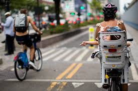 more new yorkers opting for life in the bike lane the new york times