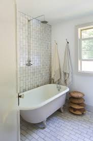 Which Is Better Cast Iron Or Acrylic Bathtubs Best 25 Cast Iron Tub Ideas On Pinterest Clawfoot Tubs Cast