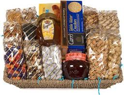 gourmet gift baskets best 25 gourmet gift baskets ideas on wine hers