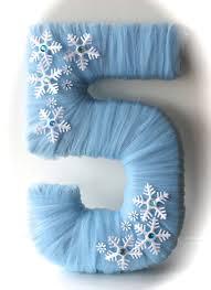 the 25 best frozen party centerpieces ideas on pinterest frozen